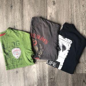 Bundle of tee shirts